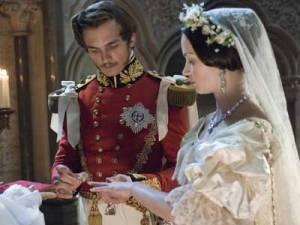 Cena do casamento da Rainha Vitória com o Príncipe Albert.