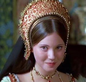 a belíssima Lynne Frederick, como Catarina Howard.
