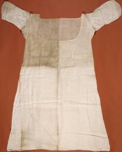 Camisola usada por Maria Antonieta, durante o período em que ela esteve presa na Conciergerie.