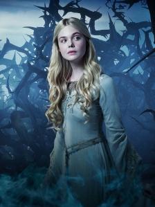 Elle Fanning como a princesa Aurora, personagem que nessa versão do clássico tem um papel muito mais importante: mostrar que o amor verdadeiro existe!