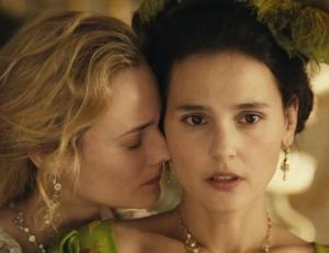 Maria Antonieta e sua amiga Gabrielle de Polignac (Virginie Ledoyen).