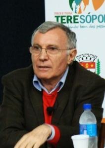 Aniello Angelo Avella (foto de Cláudio Furtado).