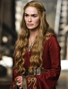 "Lena Headey como Cersei Lannister na segunda temporada de ""Game of Thrones"" (2012)."