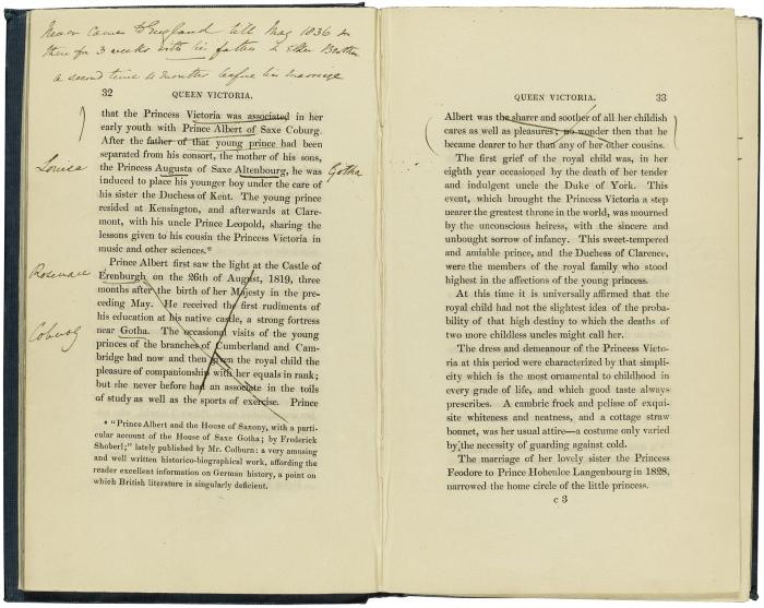 Anotações feitas pela rainha Vitória na biografia escrita por Agnes Strickland.