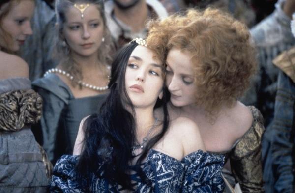 Margot e sua inseparável amiga, Henrique de Nevers (Dominique Blanc).